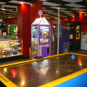 Games & Bowling in Middletown OH | Eastern Lanes